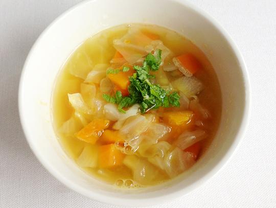 甘い有機野菜のシンプルスープ